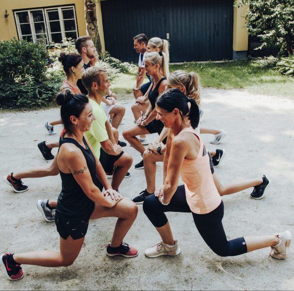 Sportlergruppe beim Training
