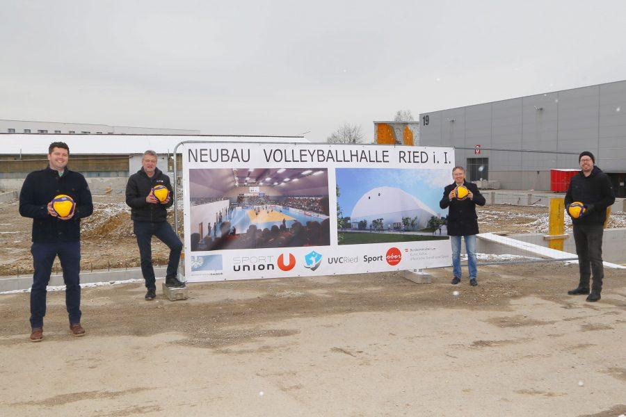 Spatenstich Volleyballhalle Ried
