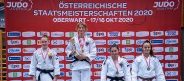 Die Siegerehrung bei den Österreichischen Staatsmeisterschaften Judo mit der drittplatzierten Franziska Kaiser.