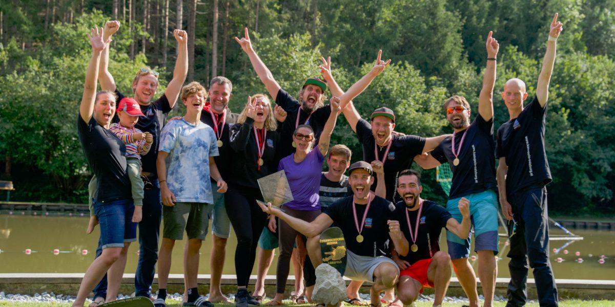 Das Salzburger Kanupolo-Team jubelt