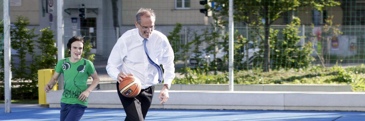 Sporttimes Interview mit Bildungsminister Faßmann