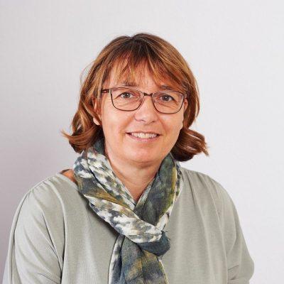 Dipl. Päd. Karin Jaros