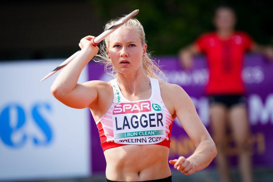 Sarah Lagger beim Speerwurf