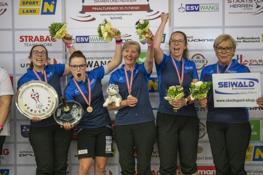 Damenteam von SU Vornholz