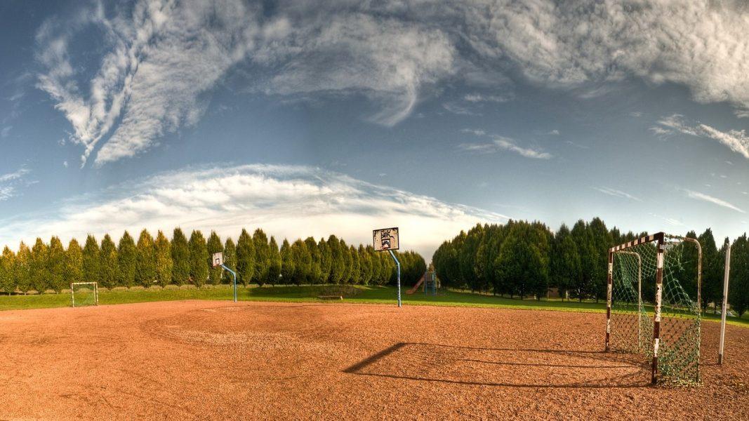 Pixabay - Sportplatz